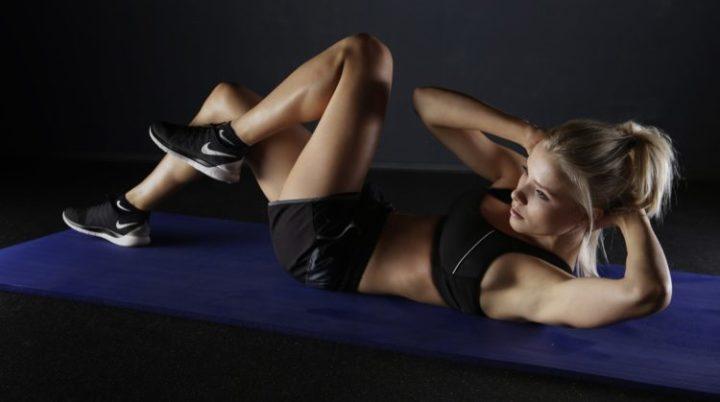 Rinforzo dei muscoli addominali: il crunch è davvero utile?